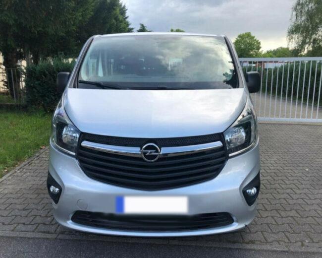 Pujcovna minibusu Opel vivaro
